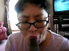 Chinese Milf inhale black cock many times