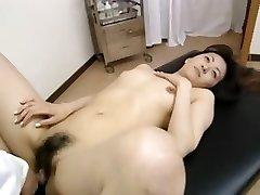 Hairy amateur schoolgirl having massage