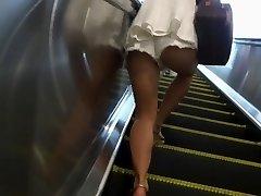 Wonderful Legs Walk 007