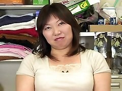 japanese plumper mature masterbation watching