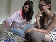 Pornstars Have Fun Games: Jimena Lago & super-steamy Asian