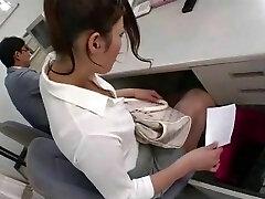 Mari Hosokawa-The Hottest LEGGS-003.mp4