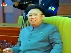 Kim Jong Il greets South Korean President Kim Dae Jung
