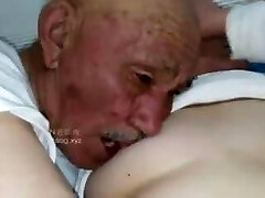 Old man smash grandma