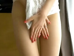 Hot Japanese model Zhou Yanxi nude shoot