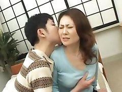 Mina Toujou sexy moeder heeft part4