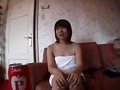 لا تصدق فتاة يابانية في سخونة اللسان, Bukkake JAV فيلم