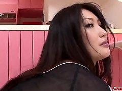 نعومي Sugawara مذهلة العري منفردا المشاهد الإباحية