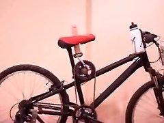 الدراجة تبا