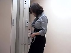 Naughty japanese slut fucked by massagist in sexy voyeur movie