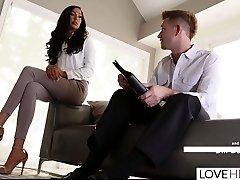 LoveHerFeet - Lawyer Bill Bailey Worships His Customer's Toes