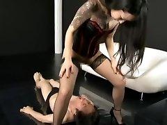 Mistress Dominat their Slave wiht piss