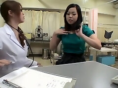 Fuckable bimbo crammed by her doctor during pussy exam