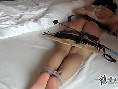 Punishment Hard Spanked Chinese Girl in Many Positions xLx