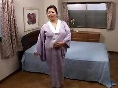 Chubby MILF Fusako Miwa Two