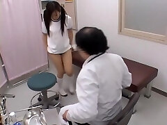 Stellar japanese is fingered hard by her naughty gynecologist