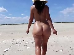 Roaming ON THE BEACH - saf