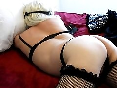 This sissy get fucked