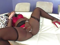 super hot black mommy
