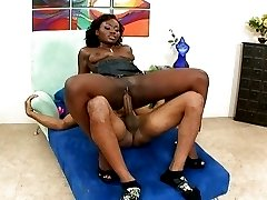 Ebony fucking and sweating like a pro