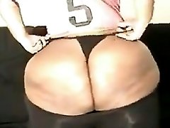 Black BBW Showing Off That Ass