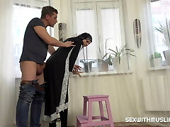 Super-fucking-hot Muslim woman doing extra cleaning