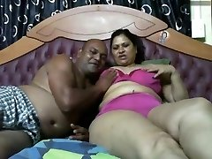 Indian Couples Naked on Cam Show