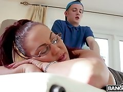 Killing hot milf Emma Butt enjoys face sitting and boning young masseuse