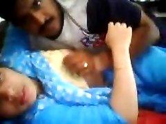 Couple indien baise devant la Webcam