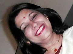 NRI Housewife Aunty lovemaking