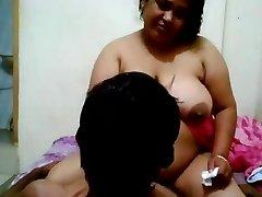 plump bhabhi
