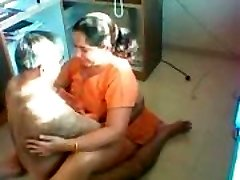 Desi Aunty Poked on a hidden camera
