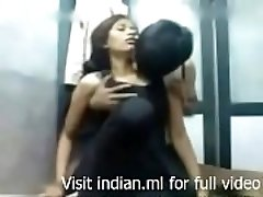 www.indian4u.ml - Indian college girl very first time fuck - utter video