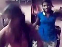 chennai young college girls secret dance with tamil audio (first on net)