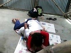 Bengalų Mokytojas pakliuvom Studentas