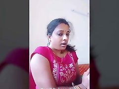 Dubmash Tamil by Tamil Aunty with flashing baps
