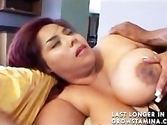 Enormous Bhangra Butt Oriental Paki Lady loves Big West Indies Bamboo Pipe
