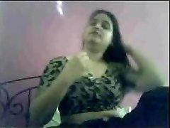 Utterly horny chubby gujarati indian on webcam