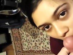 भारतीय देसी कॉलेज प्रेमिका पहली बार और सह मुँह में दे