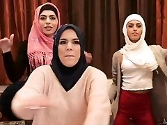 MUSLIM HEN Soiree B4 ARRANGED MARRIAGE, Twerking, THEN THE STRIPPER ARRIVES!