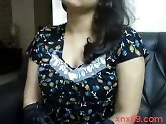 Indian aunty with xxl boobs doing video chat with boyfriend