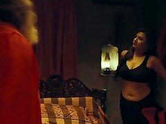 Indian Actress Kenisha Awasthi Hook-up with Pandit Ji for money