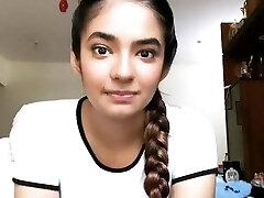 Anushka sen boobs