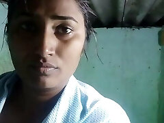 Swathi Naidu Bathing