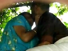 Hindi outdoor elderly man fuck aunty