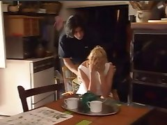 Umiliazioni在fam的。 (1996年)1Of2