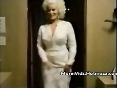 Hotmoza.com - Old School mom and her sonnie