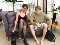 MILF likes to play with a yam-sized cock