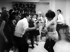 The party turns hot!  (1968 softcore)