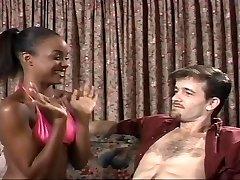若い黒檀Sinnamon愛とマイケル-J Cox